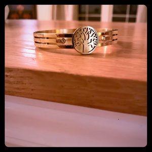 """Gold toned """"tree"""" hinged bracelet"""